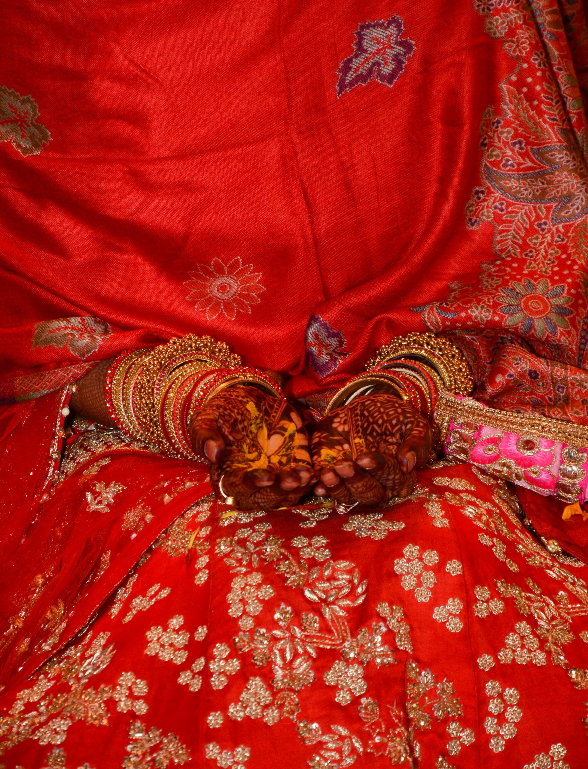 Hands of Indian bride