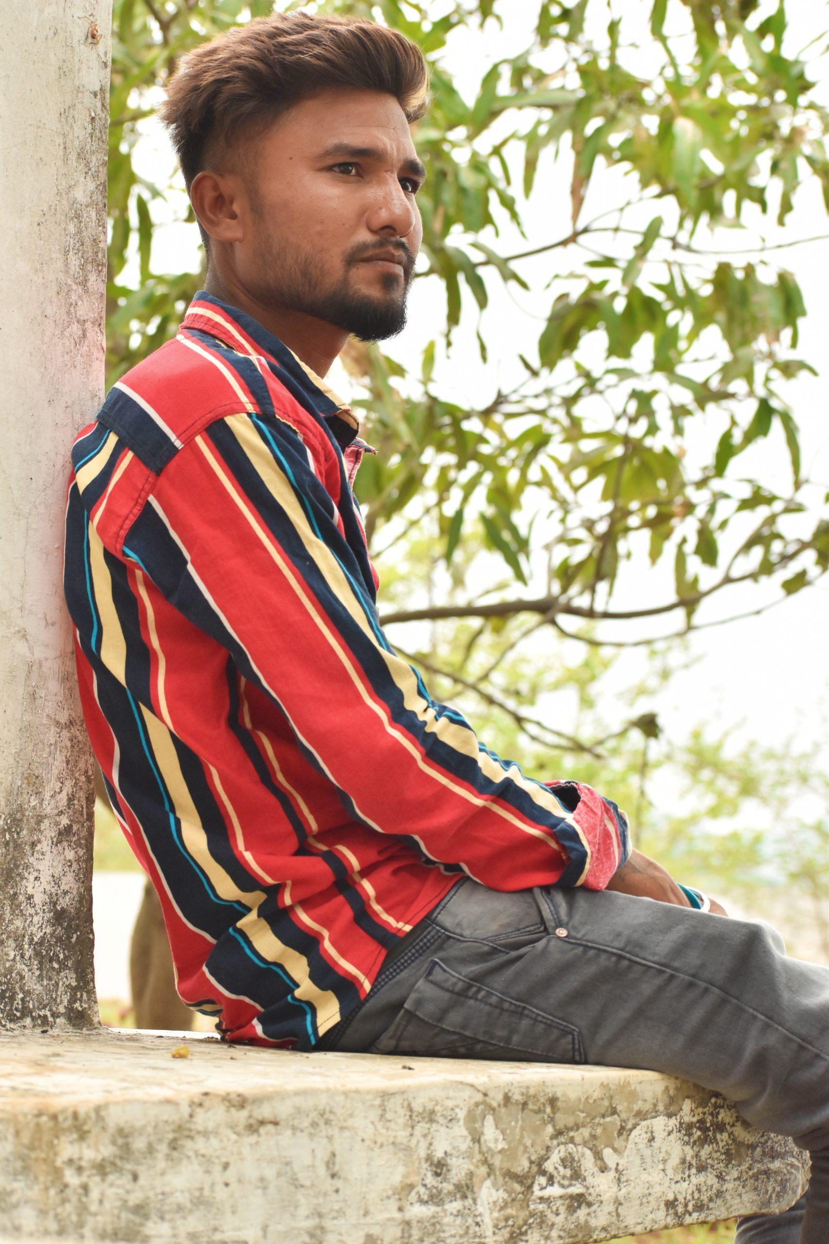 Model posing while sitting