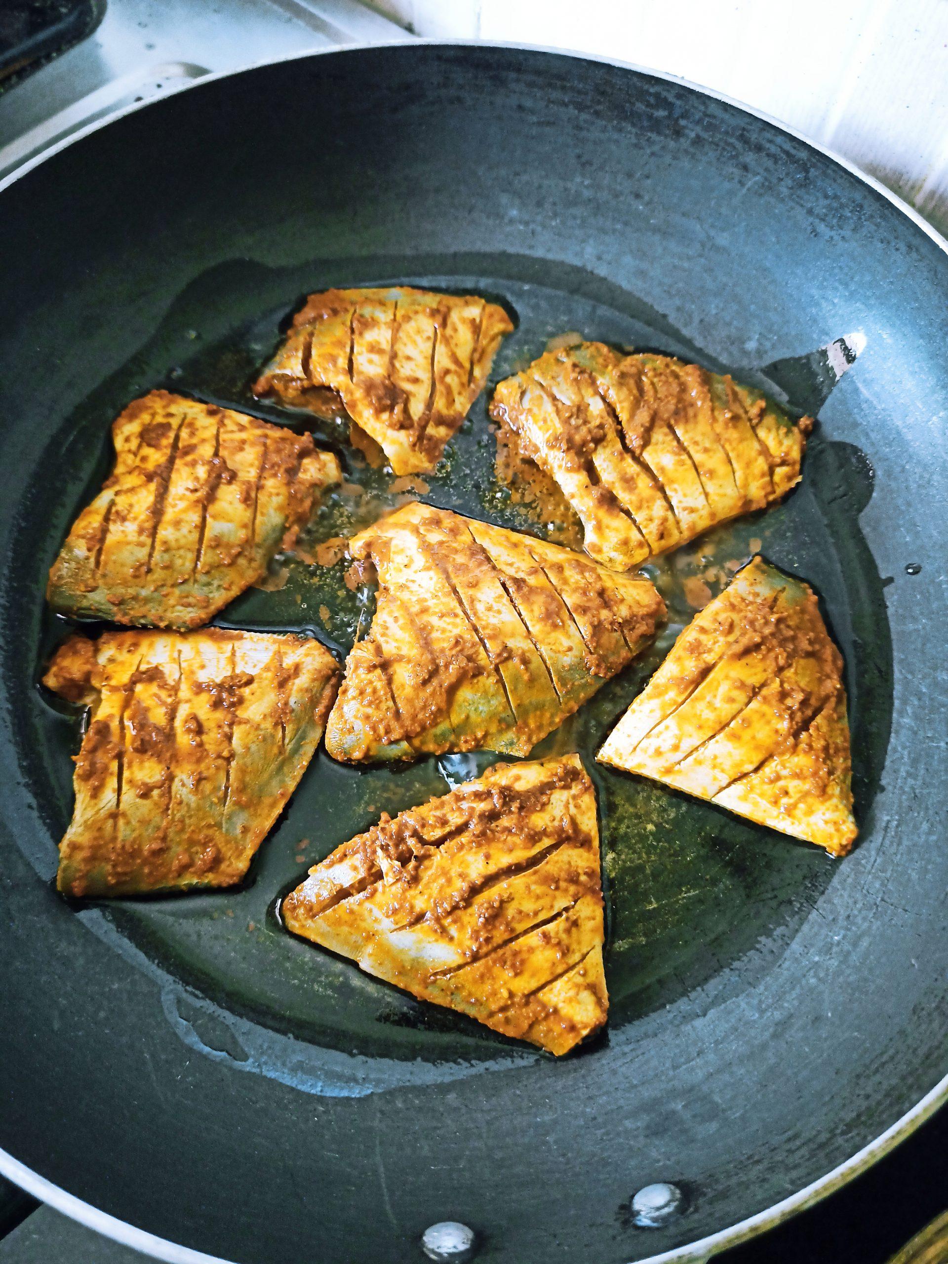 Paplet fish fry dish