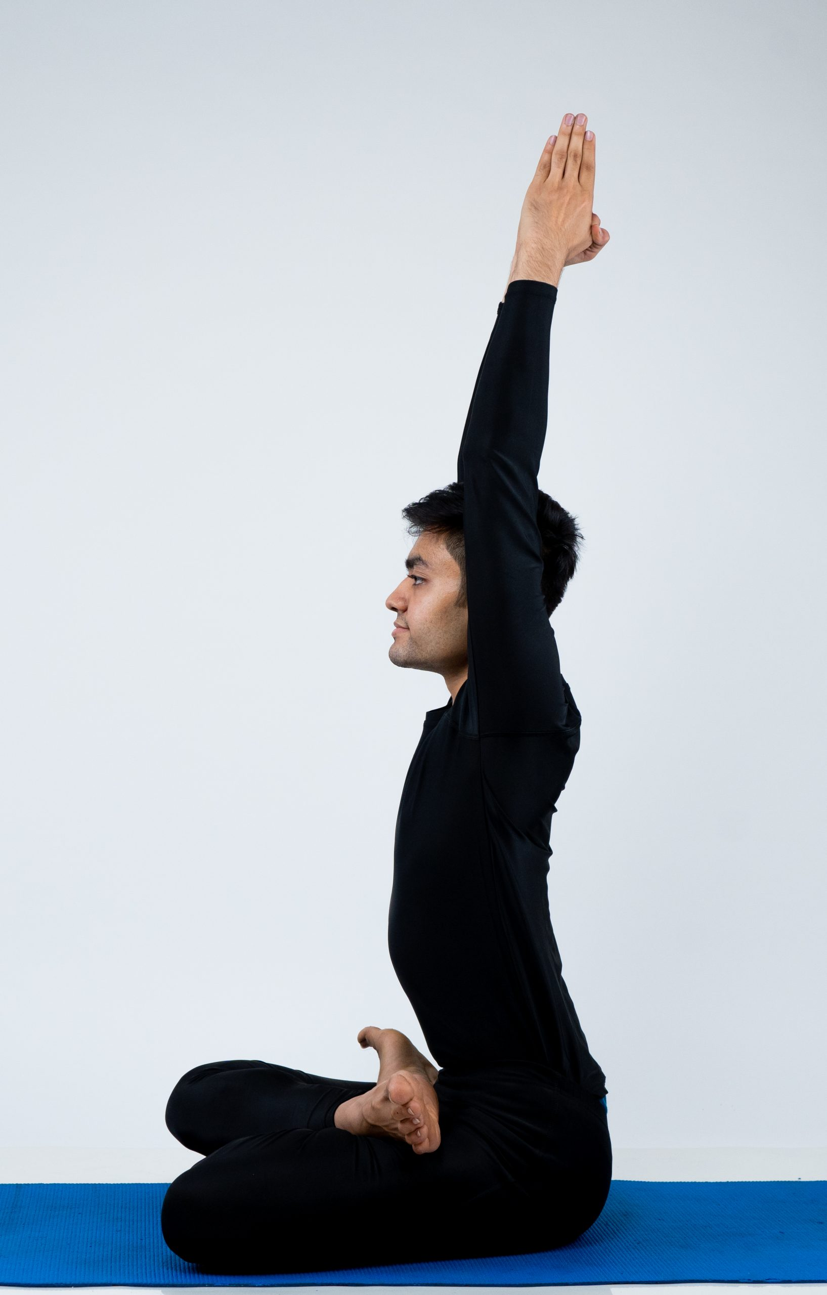 Parvatasana (Seated mountain Pose)