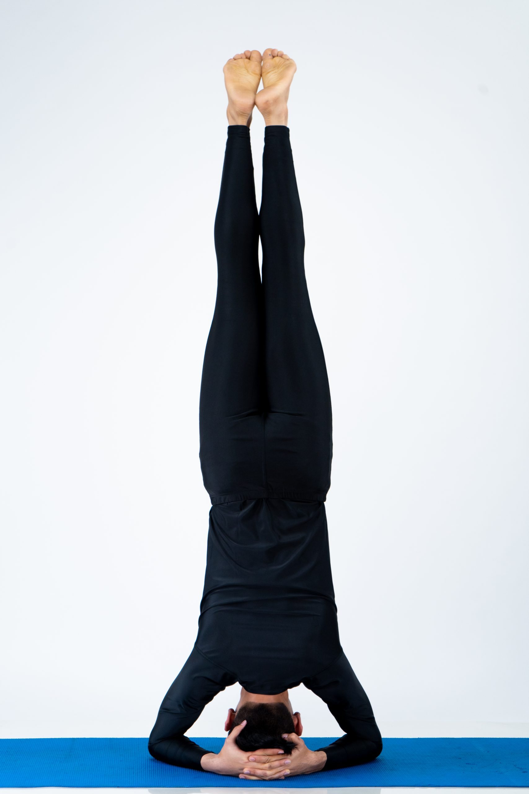 Sirsasana (Headstand)