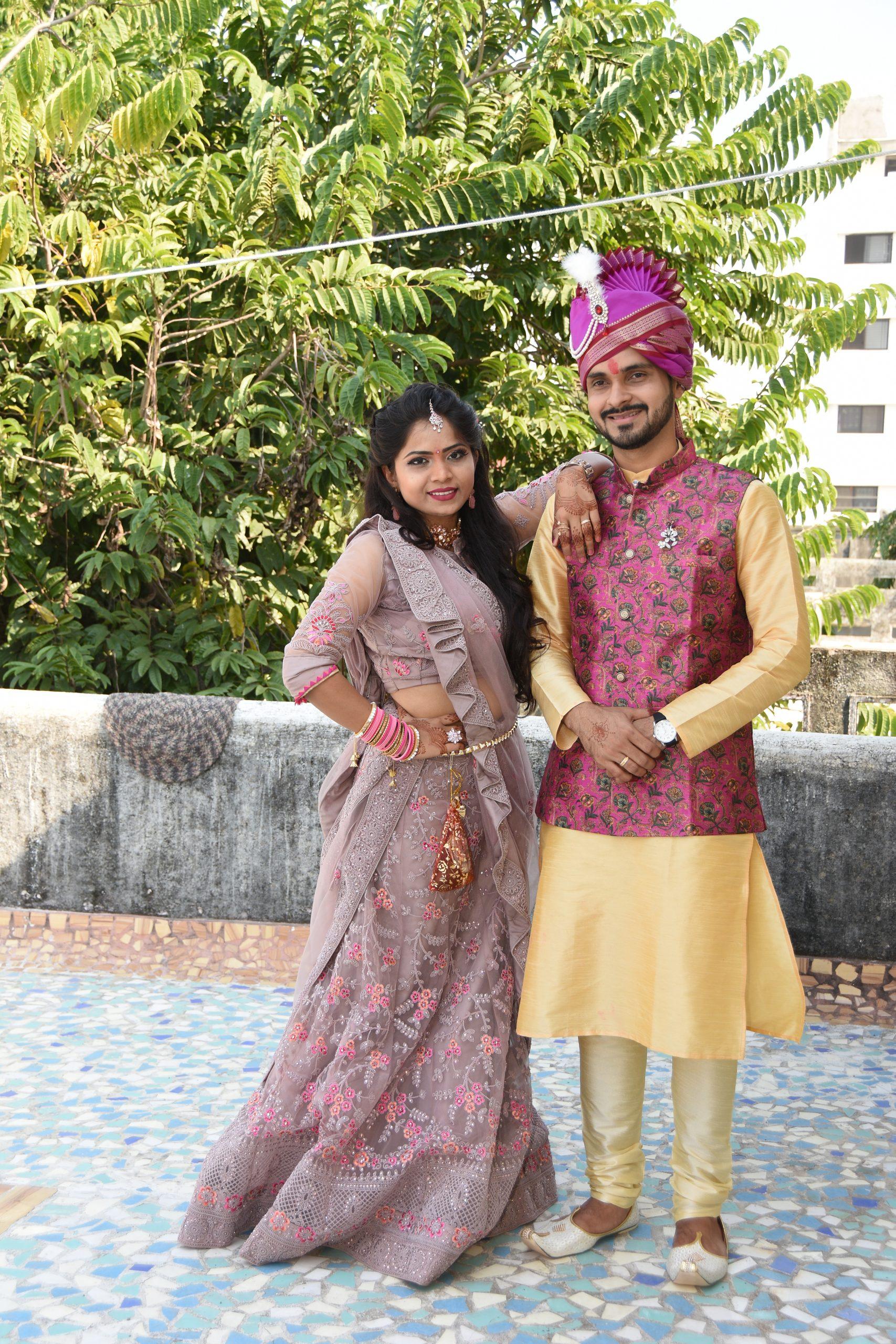 Girl posing with groom