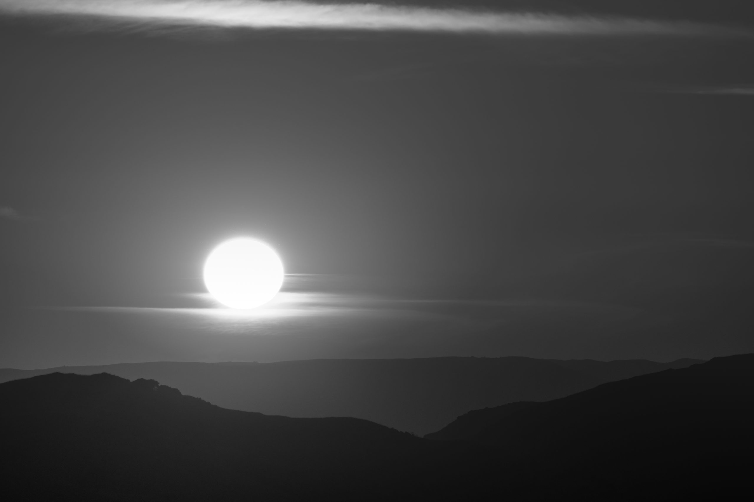 B&W sunset