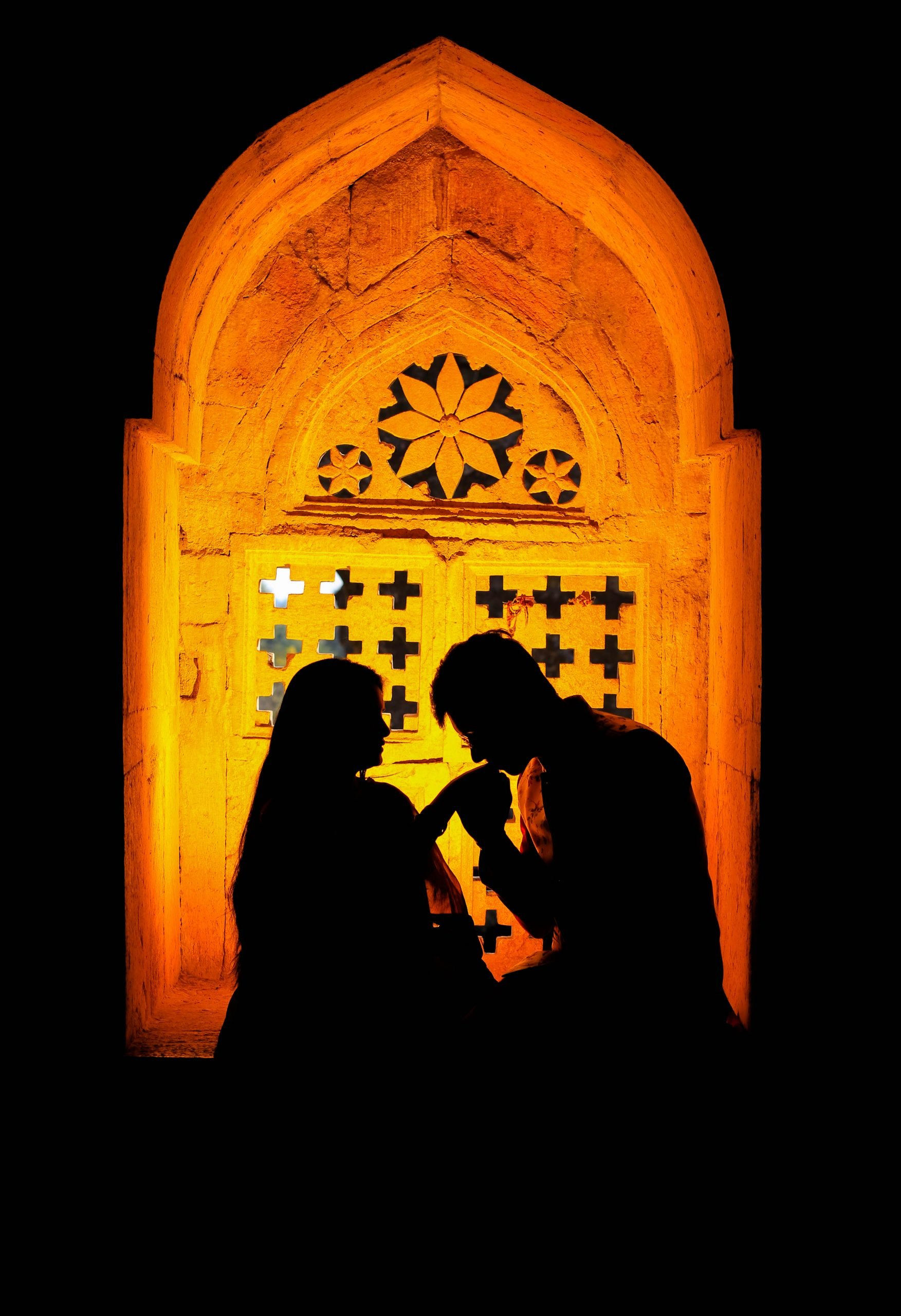 couple in yellow light