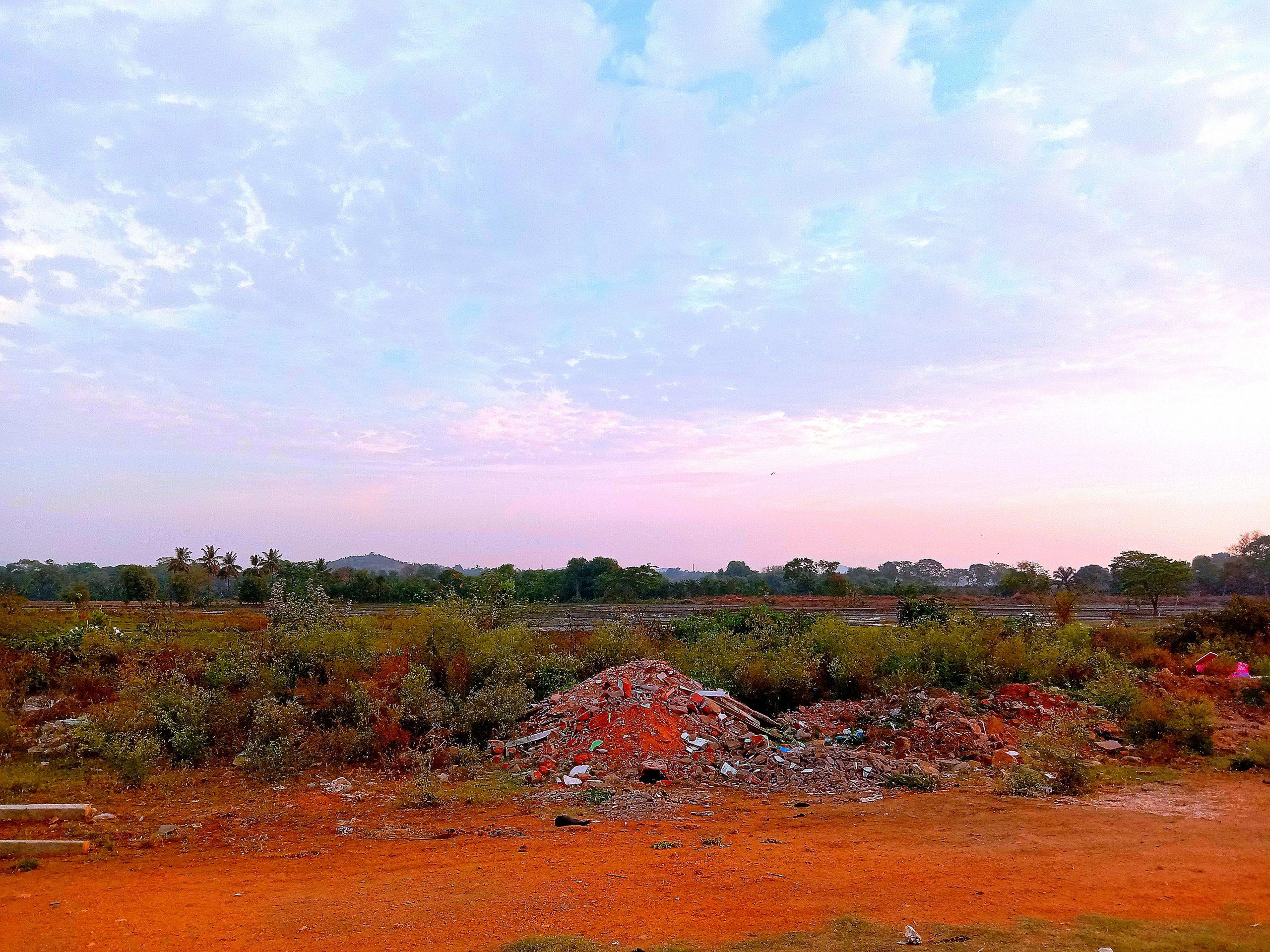 A land placea