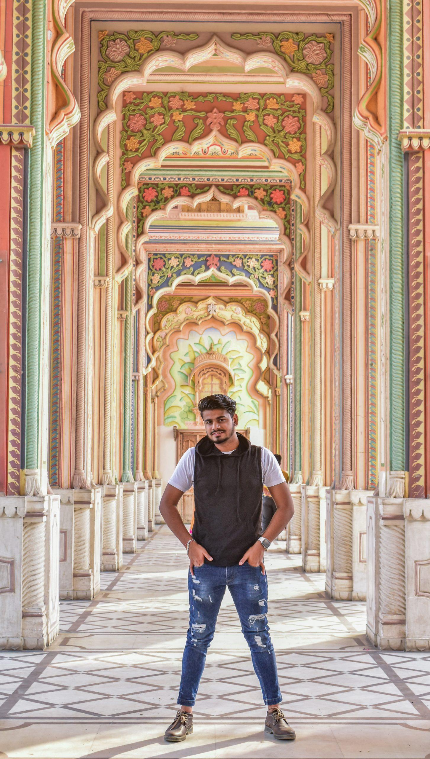 A boy inside Patrika Gate in Jaipur