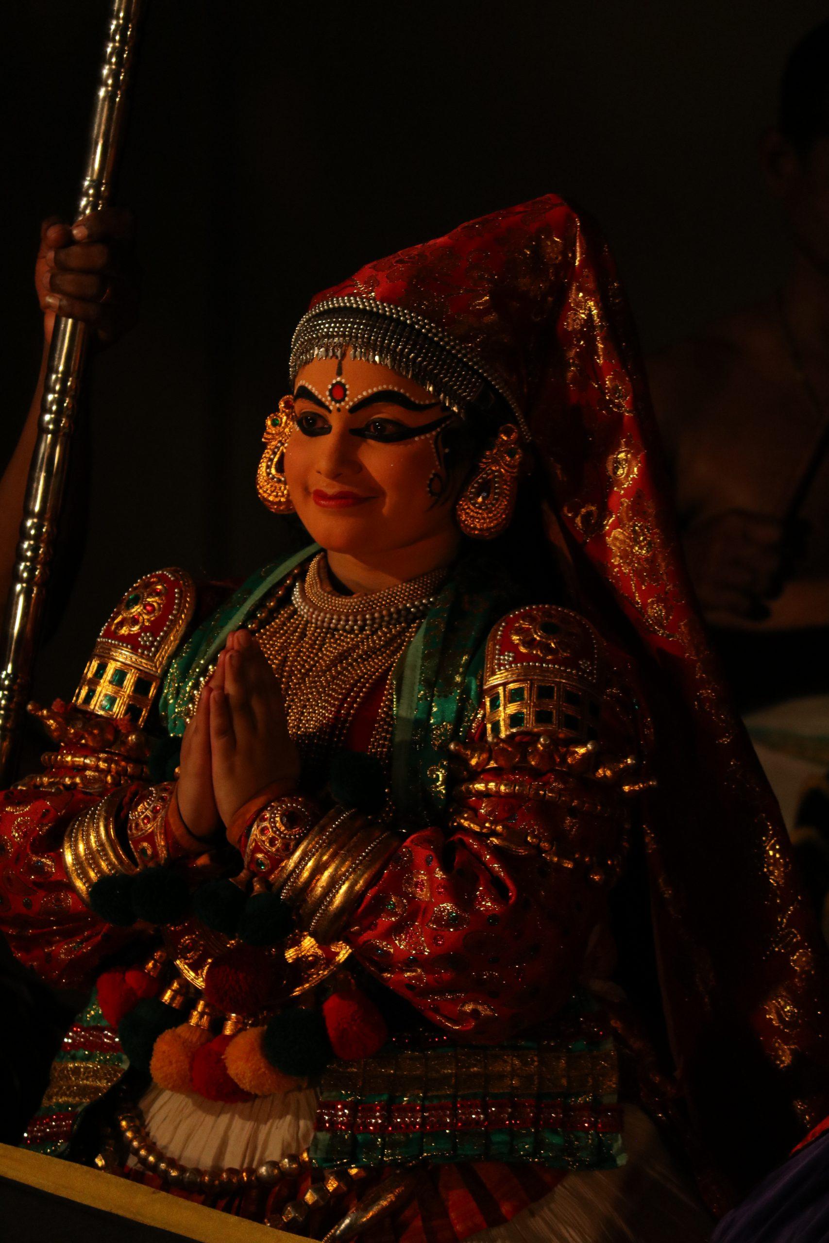 A female kathakali artist