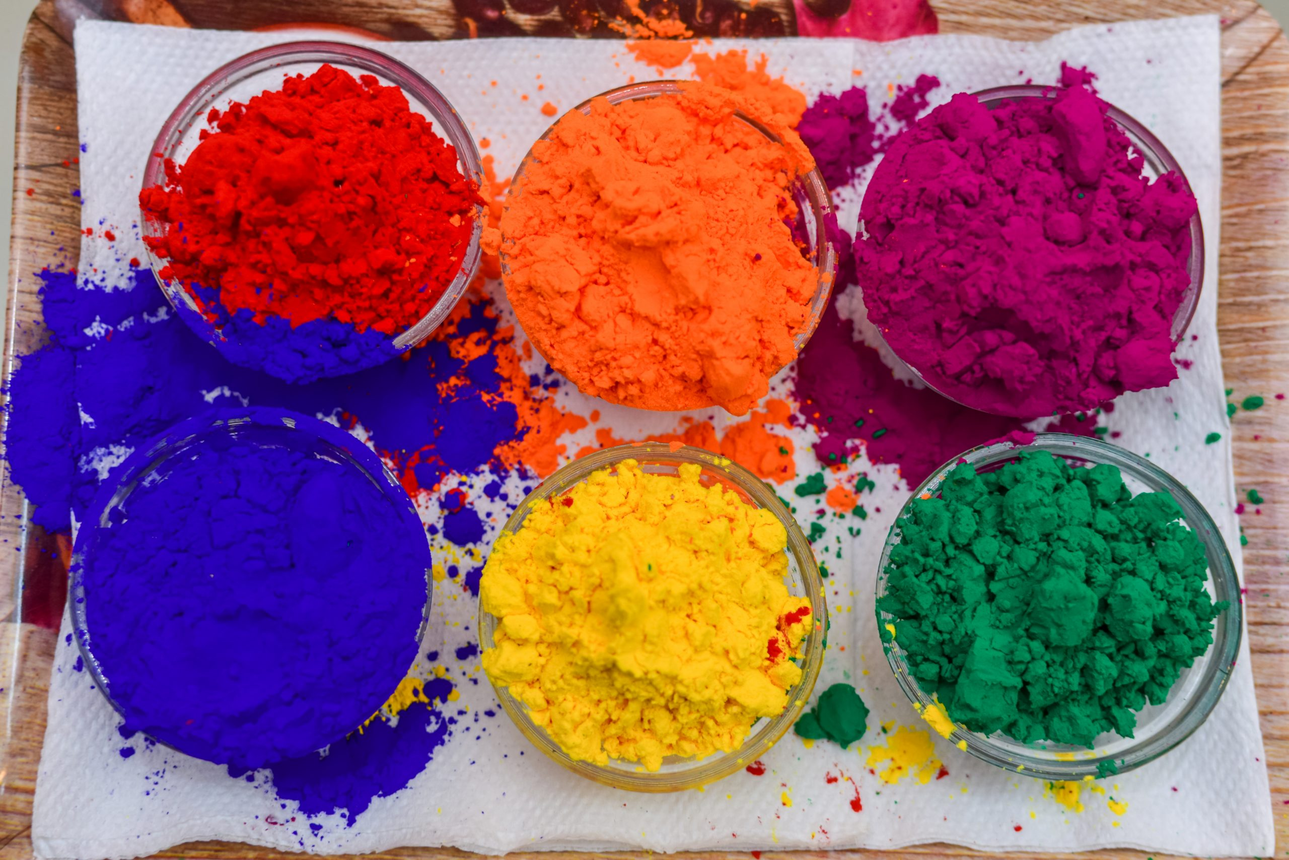 Holi colors in bowls