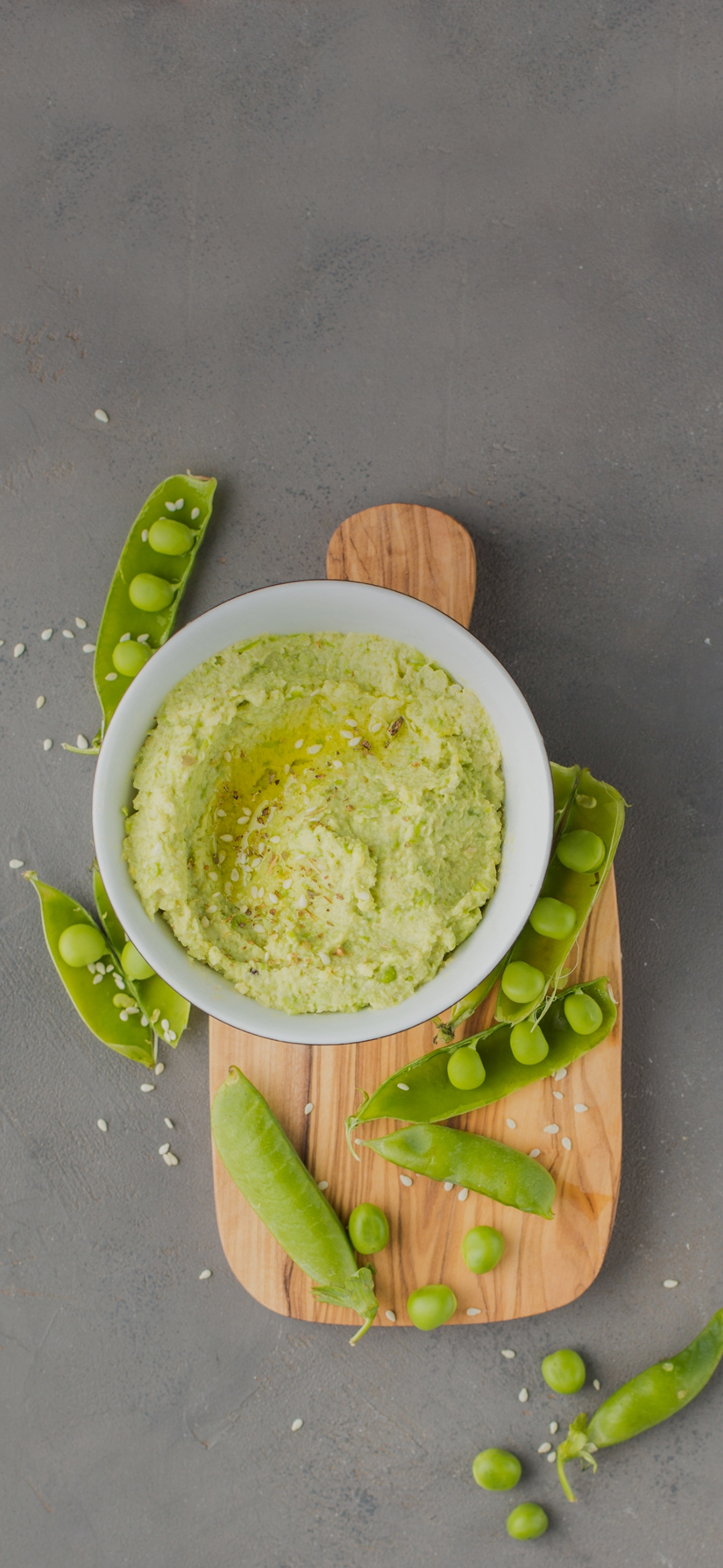Peas and a paste in bowl