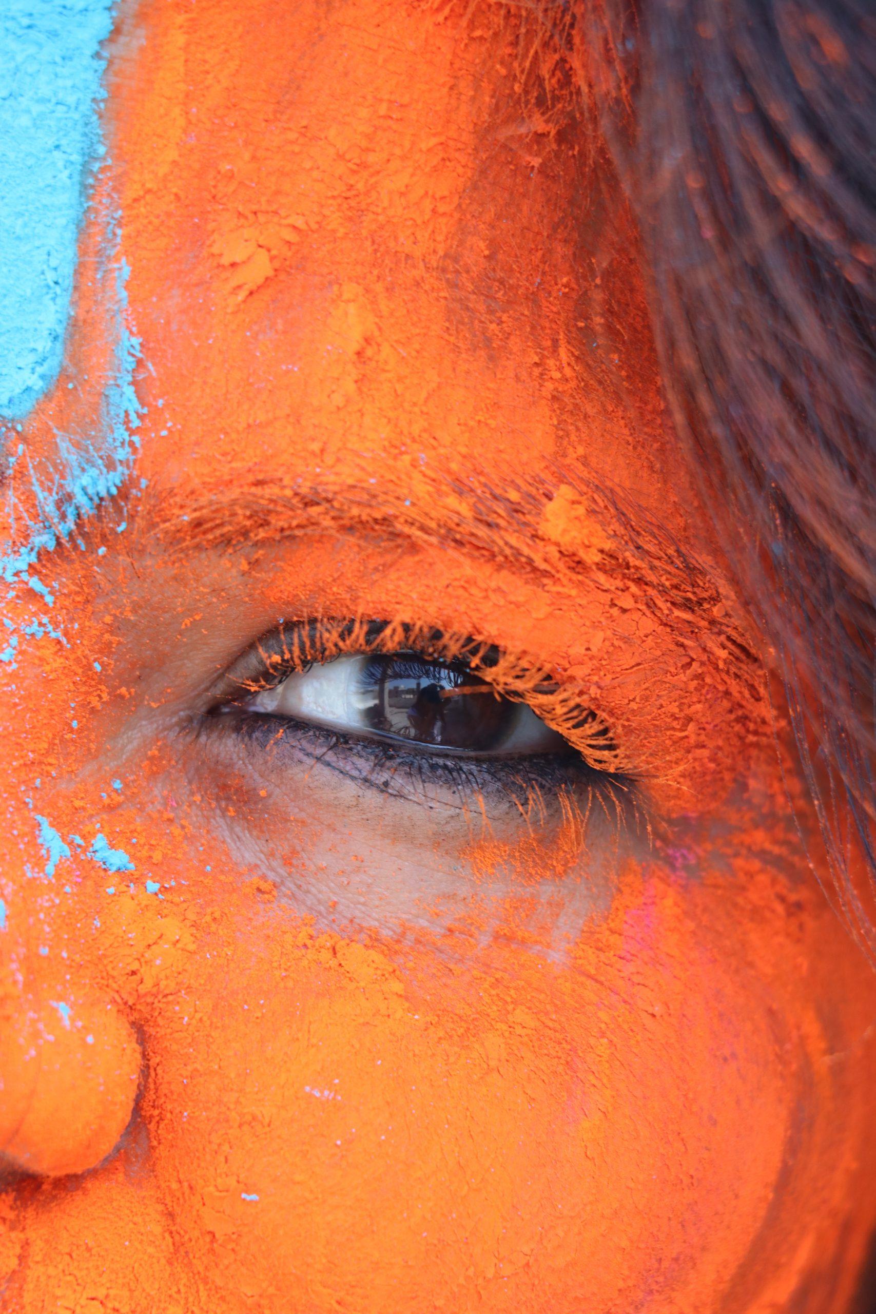 Holi face color