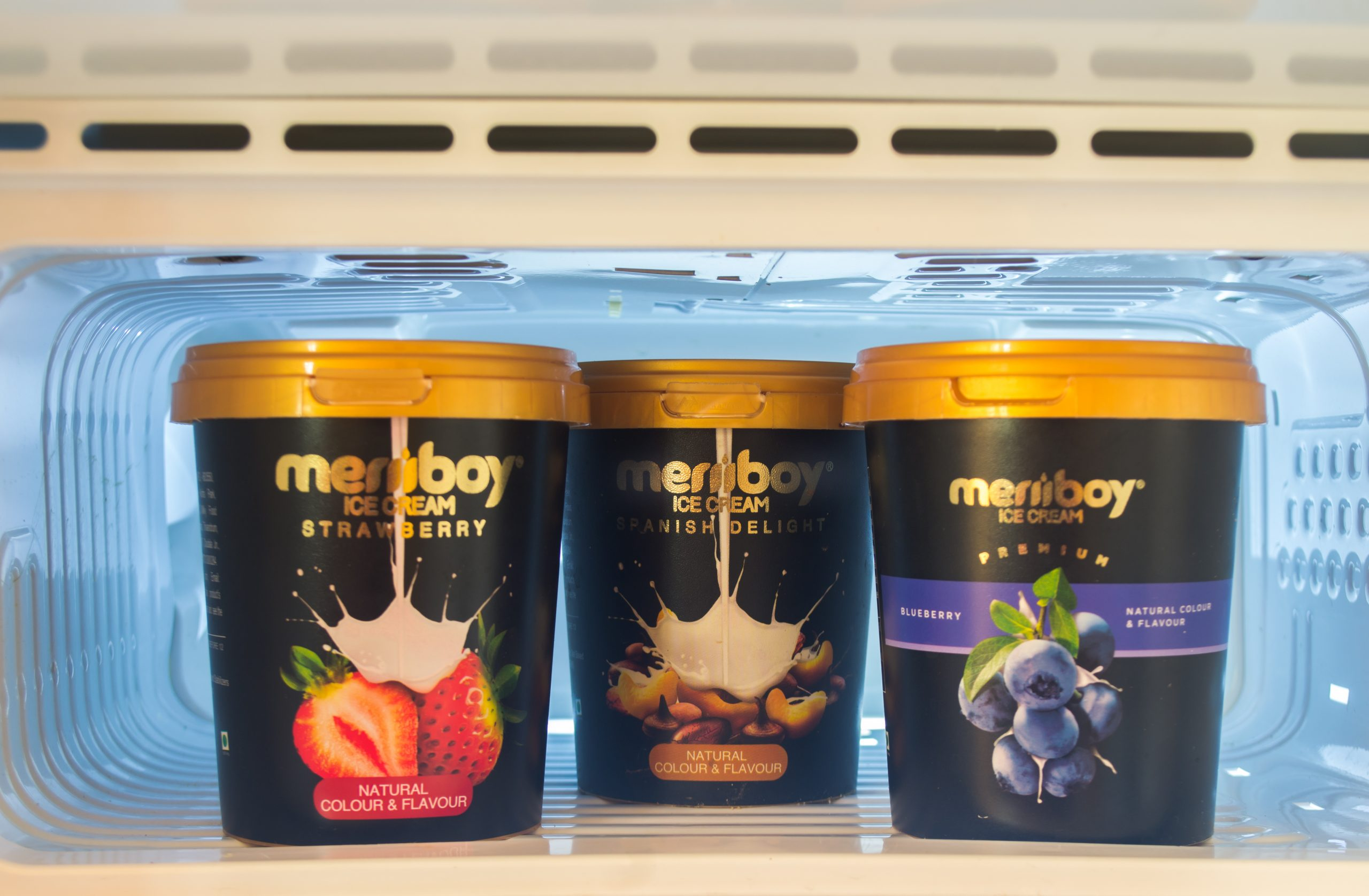 Meriiboy Ice cream packs in a freezer