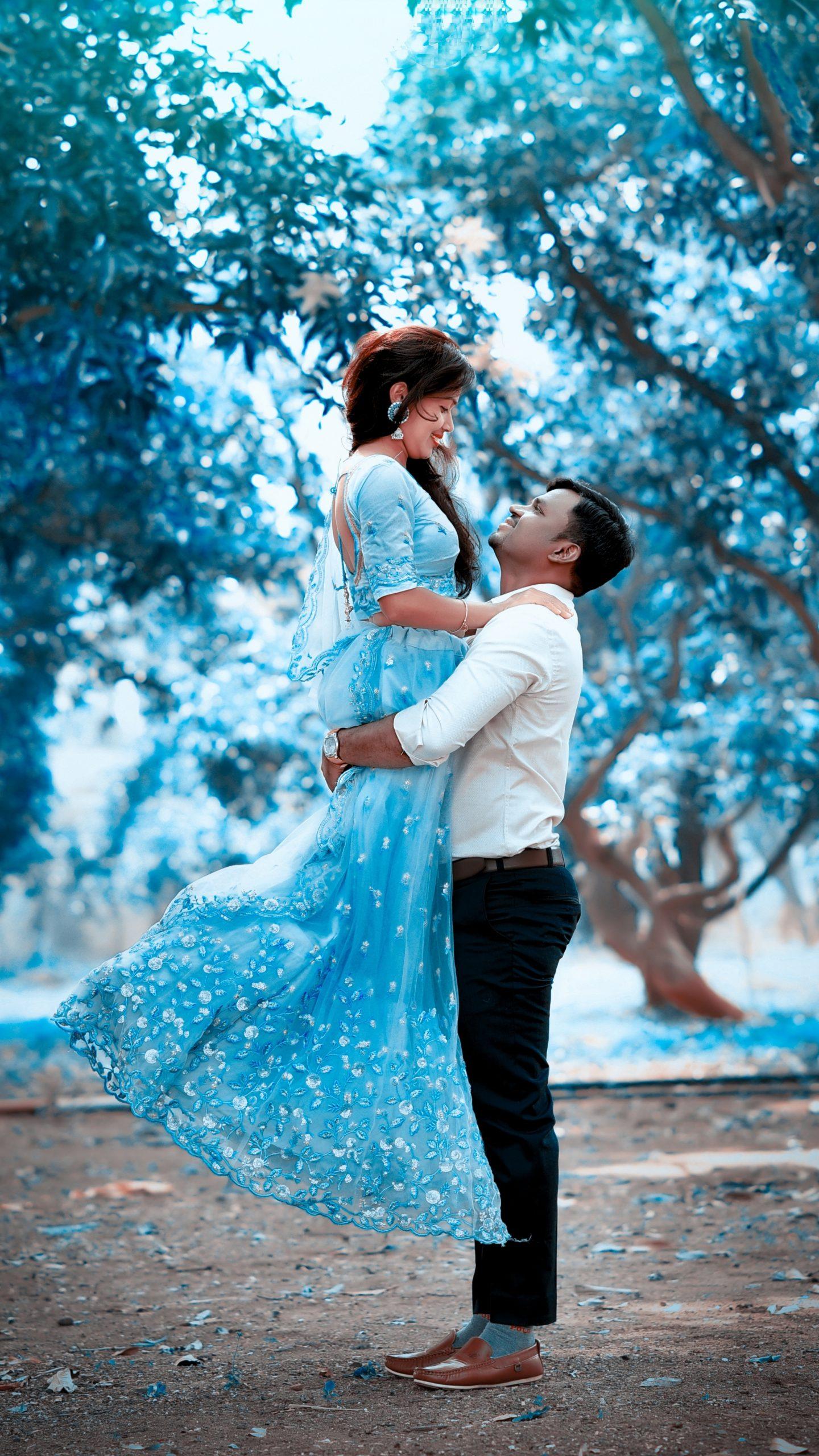 Pre wedding couple photoshoot