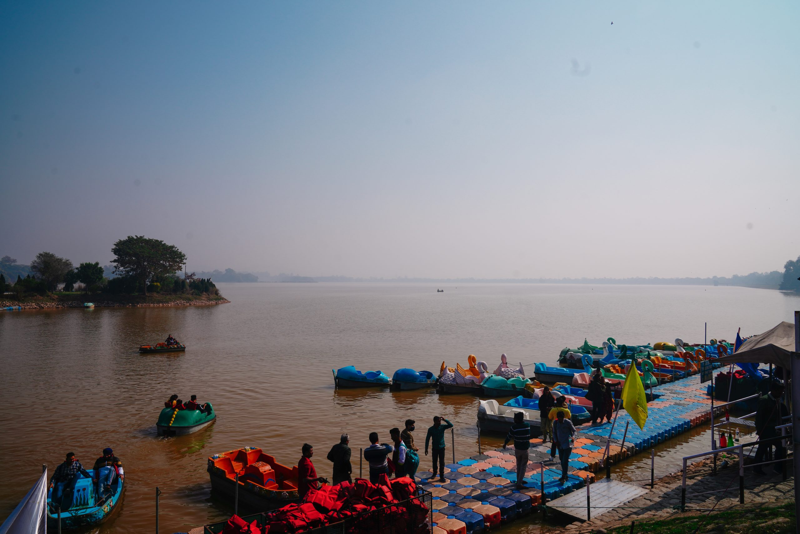 Tourists at Sukhna lake boating point