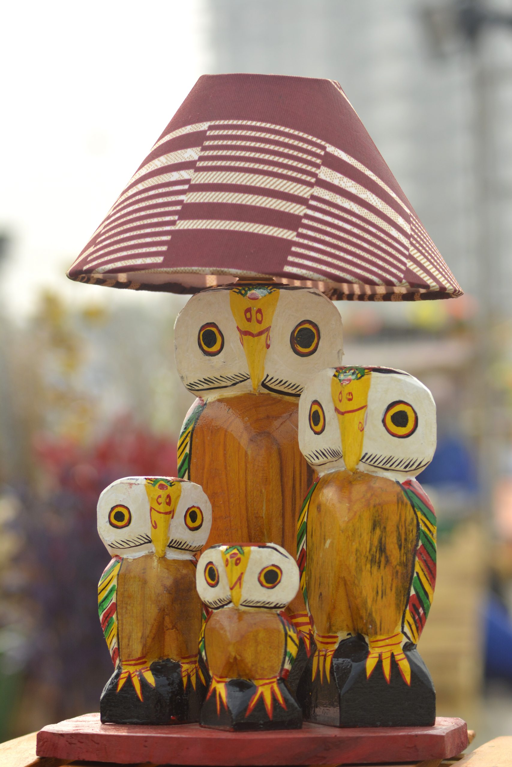 Table lamp with owl stand