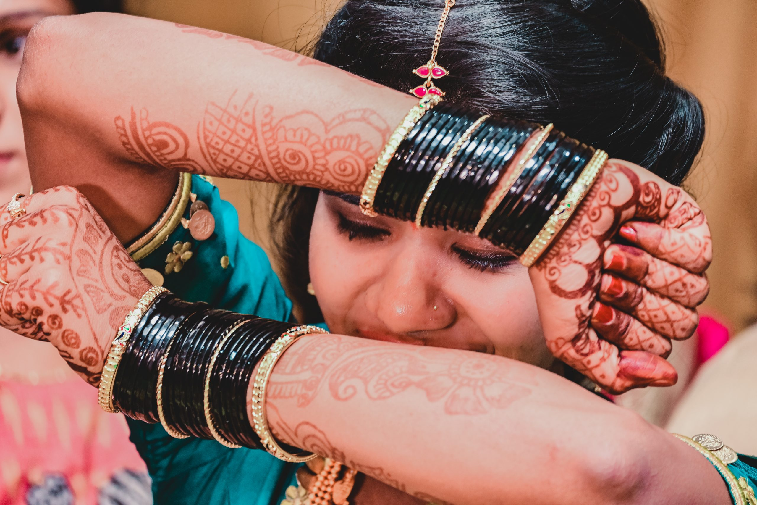 Bride posing with bangles