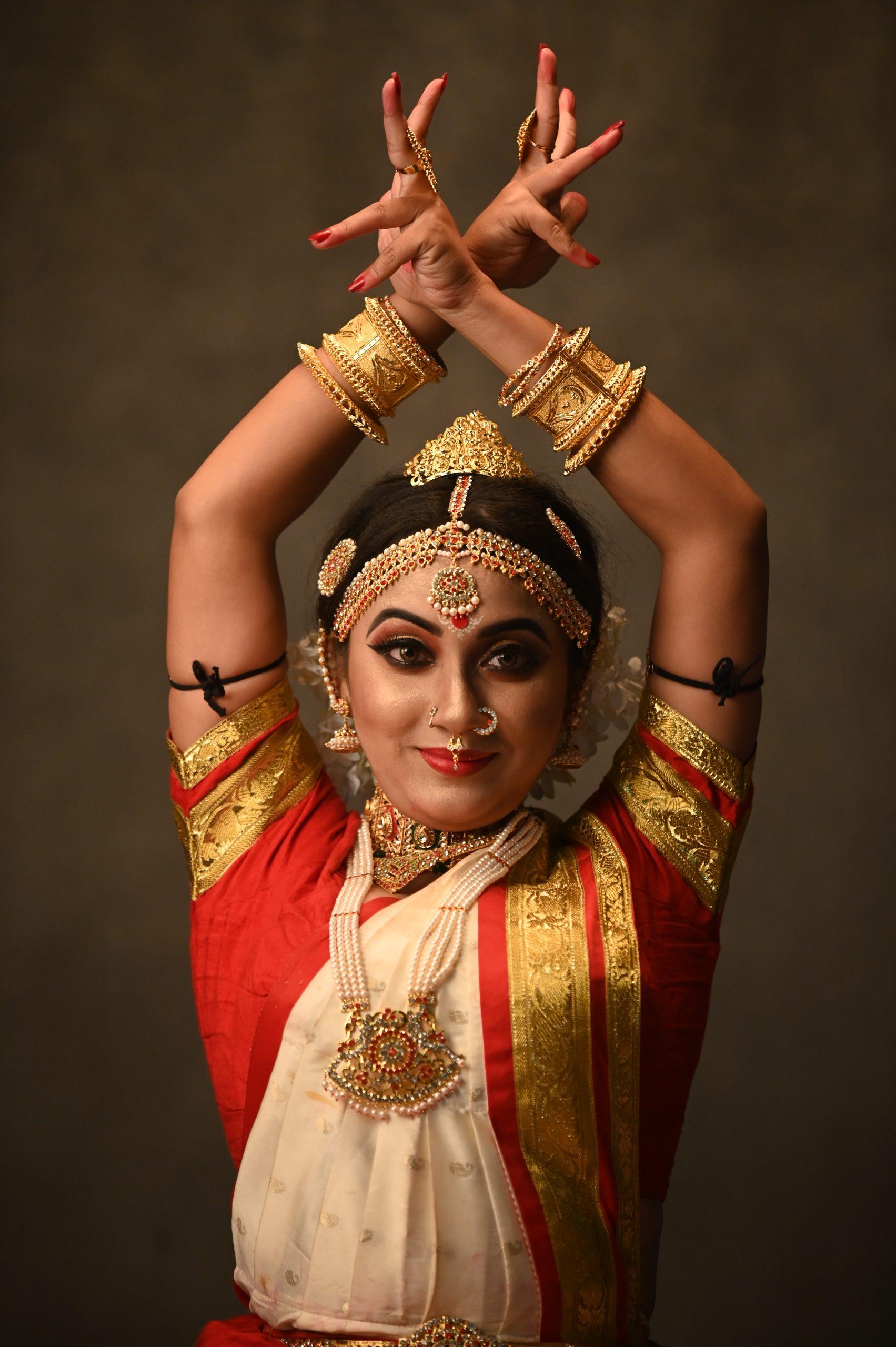 Bharatanatyam dancer posing