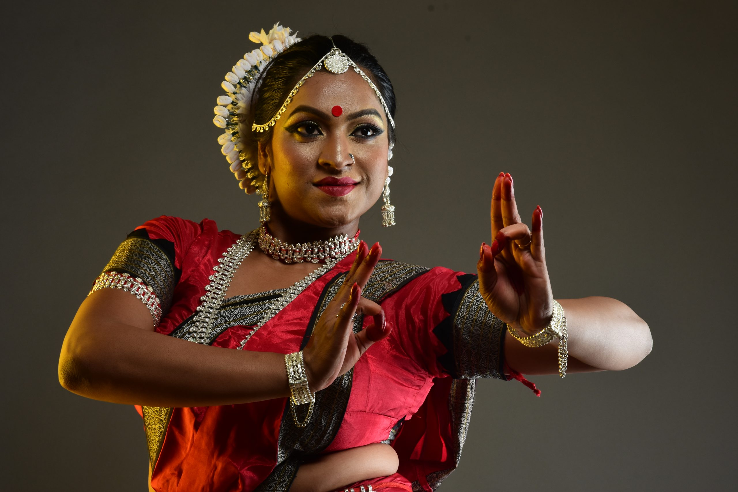 Girl dancer posing with expression