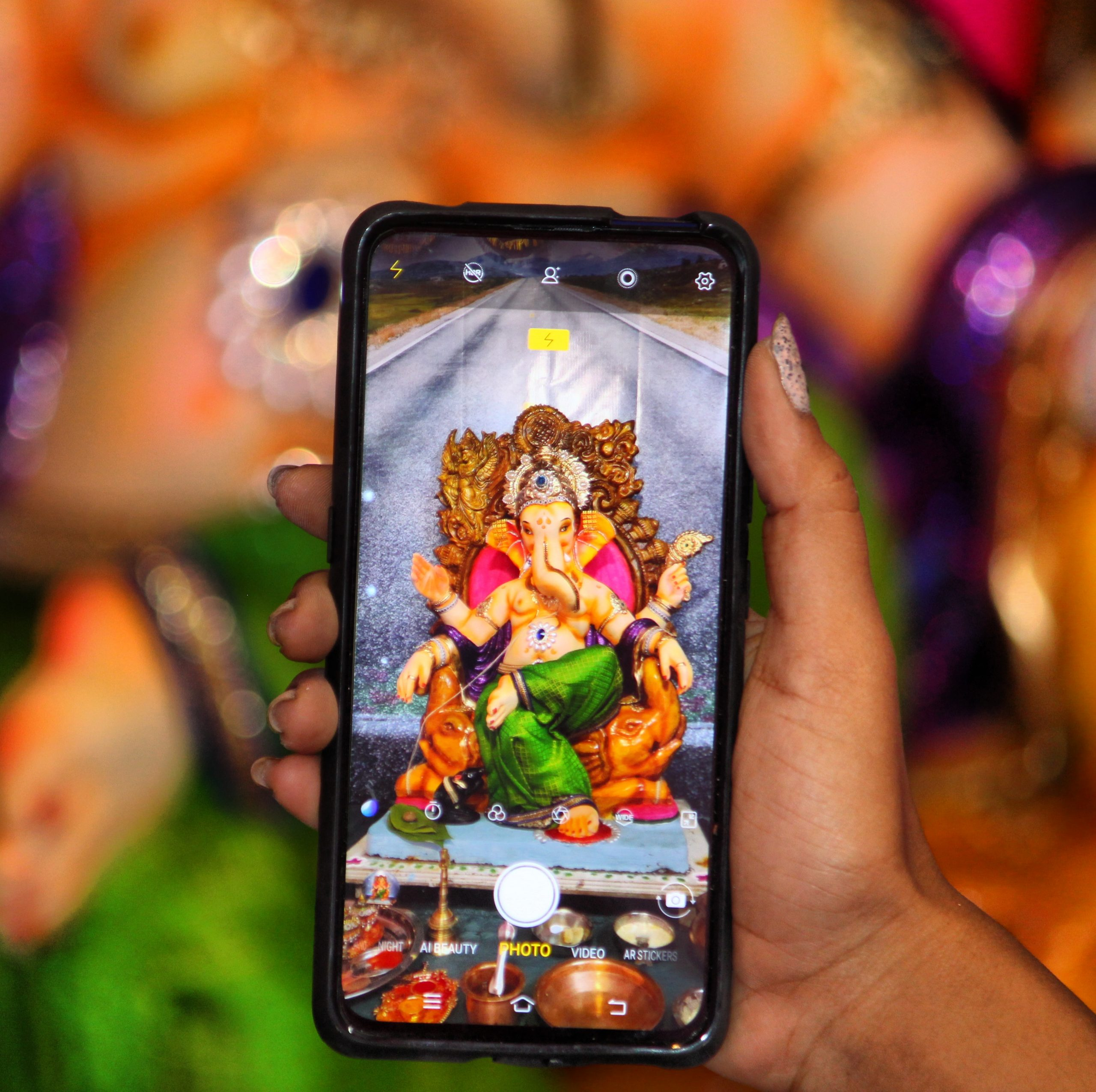 Lord Ganesh picture in phone