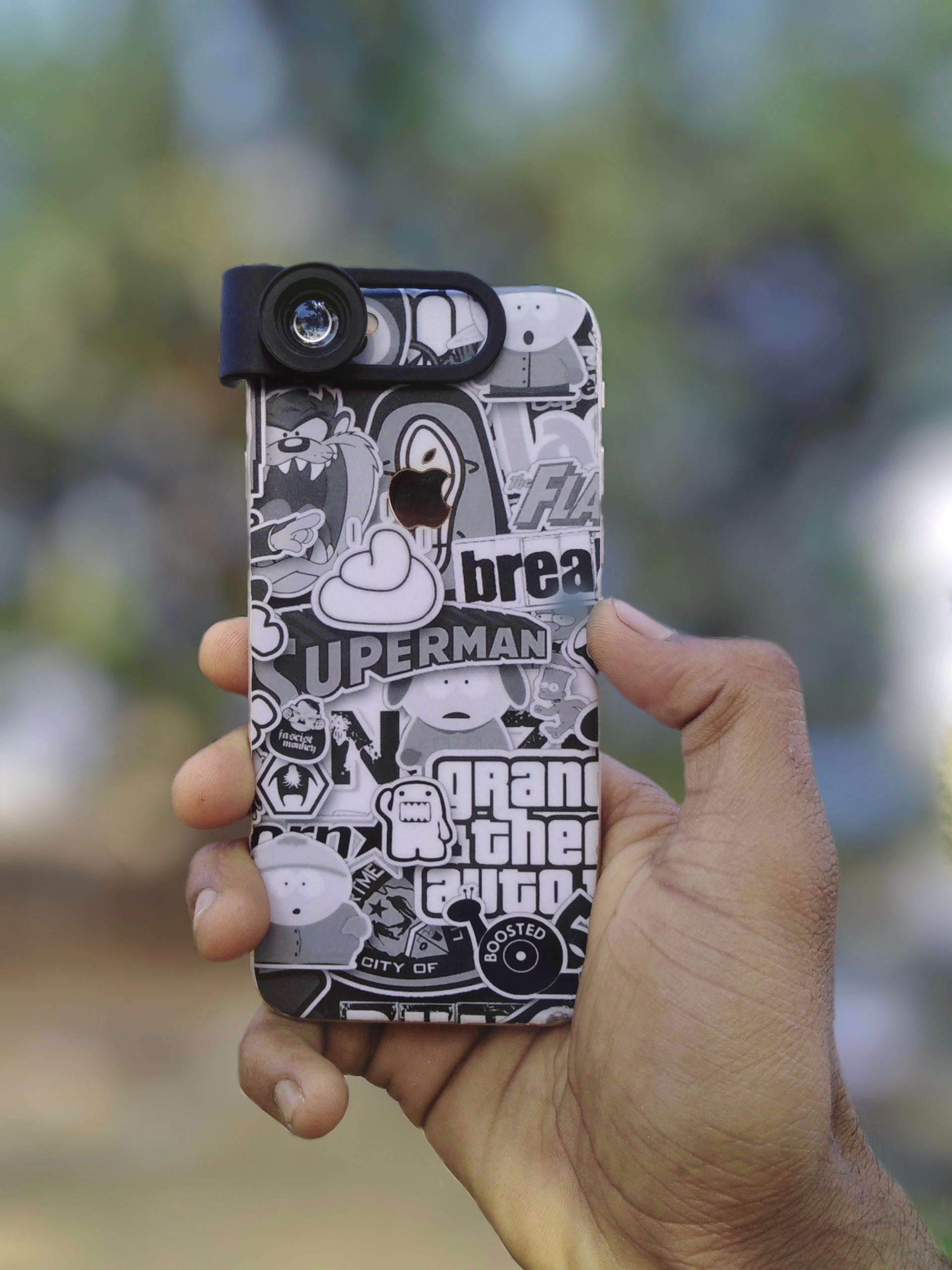 Phone with lens